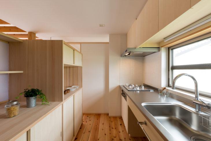 キッチン|上越市・妙高市・糸魚川市の注文住宅|木の家づくり工務店|キノイエ|小さな邸宅|
