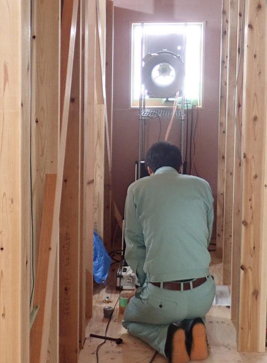 |C値|すき間のない家|気密試験|気密測定|本城の家|頚城の家|西本町の家Ⅱ|米山を望む家|上越・糸魚川・妙高の家づくり|木の家をつくる工務店|新築・リフォーム|自然素材の注文住宅|キノイエ|カネタ建設|高気密高断熱|パッシブデザイン|