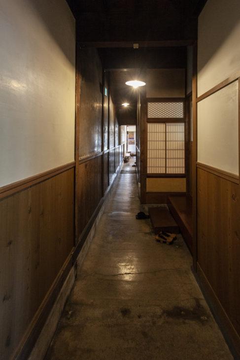 通り庭|雁木|上越市高田|小さな邸宅キノイエ|カネタ建設
