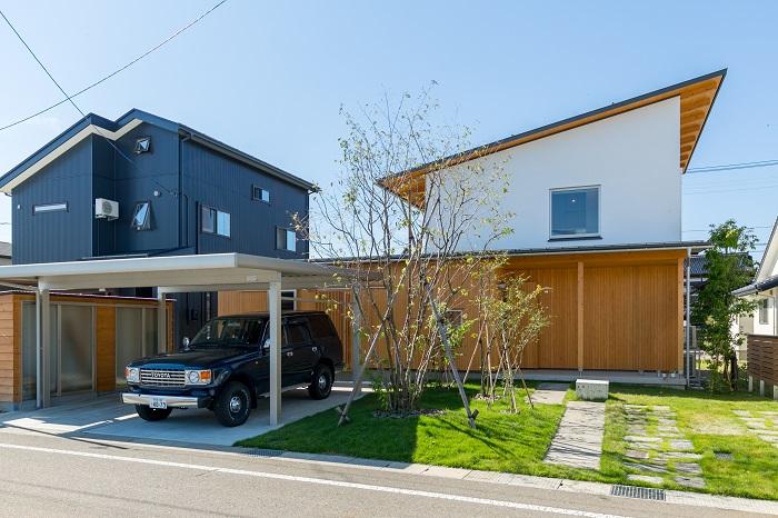 上越市|キノイエ|木の家|モデルハウス|リモートワーク|離れ|ウッドデッキ|庭|趣味部屋